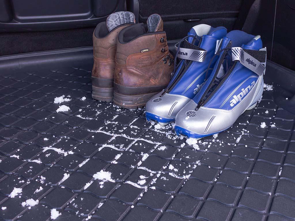 Aristar Vana do kufru Peugeot 308 II 2013- htb dolní kufr protiskluzová