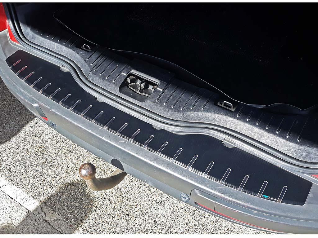 Kryt prahu pátých dveří Ford Galaxy 2006-2015 nerez s karbonem