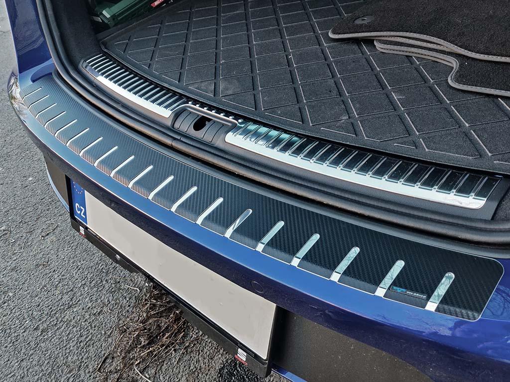 Kryt prahu pátých dveří Seat Leon 2013-2017 ST Combi nerez s karbonem